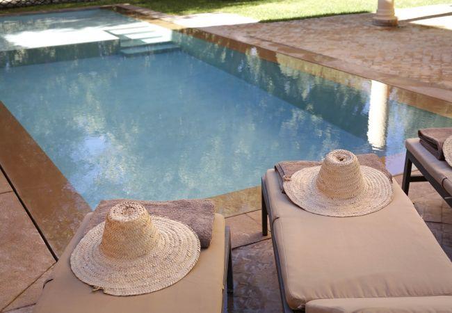 Villa à Marrakech Alentours - ABALYA 23 - Villa avec piscine privée et services.